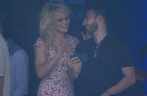 Pamela Anderson au Vélodrome pour Adil Rami : Sourires malgré la blessure