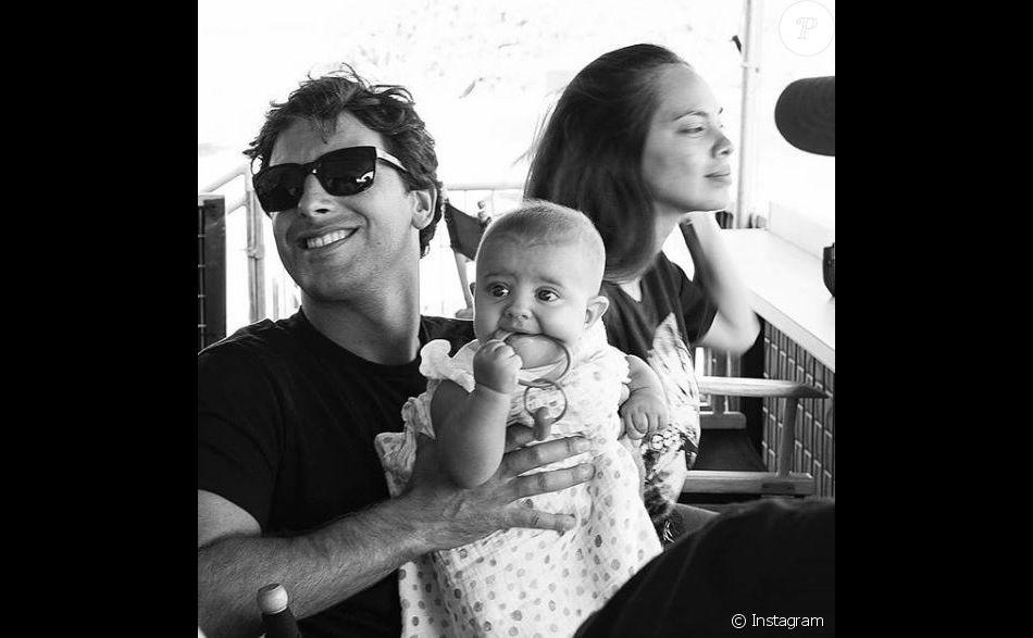 Hinarani de Longeaux avec Jérémy Florès et leur fille  Hinahei. Instagram, le 11 septembre 2018.