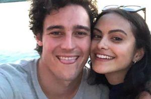 Camila Mendes (Riverdale) est en couple avec une autre star de la série !