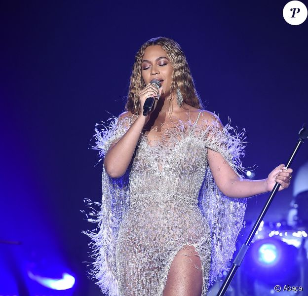 "Beyoncé au gala ""Music, Film and Entertainment Industries #SpiritofLife 2018"" de la fondation City of Hope au Barker Hangar à Santa Monica. Le 11 octobre 2018."