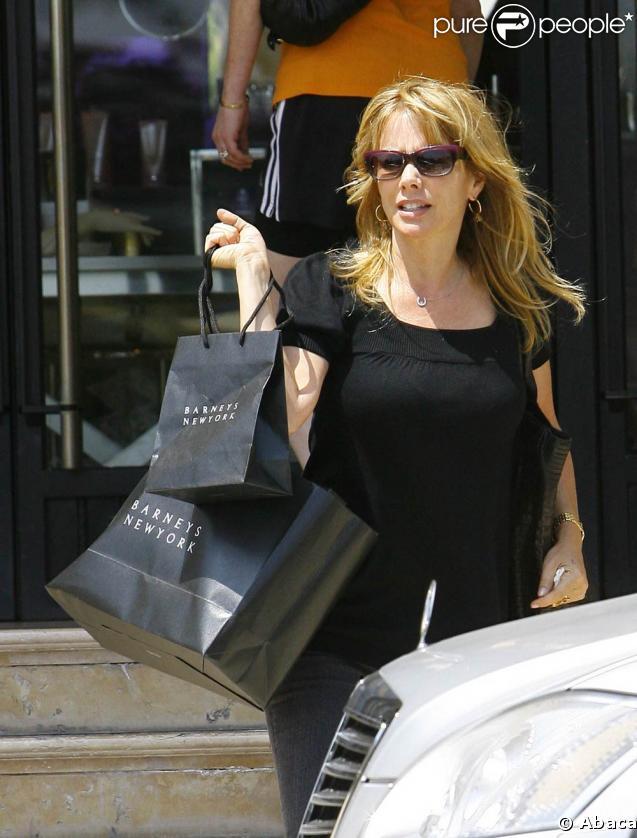 Rosanna Arquette en shopping à L.A, le 11 mai 2009