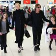 Exclusif - Nicole Kidman avec son mari Keith Urban et leurs filles Sunday Rose et Faith Margaret, arrivent à l'aéroport de Sydney, le 13 mai 2018.