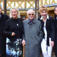 Alain Suguenot, Agnès b., Charles Aznavour, Julie Depardieu et Marc-Olivier Fogiel - 157ème vente aux enchères des vins des Hospices de Beaune à Beaune le 19 novembre 2017. © Giancarlo Gorassini/Bestimage