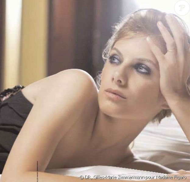Mélanie Laurent dans Madame Figaro du 16 mai 2009