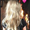 Carla Bruni a publié une nouvelle photo de sa fille Giulia de dos dans sa story Instagram le 29 octobre 2018