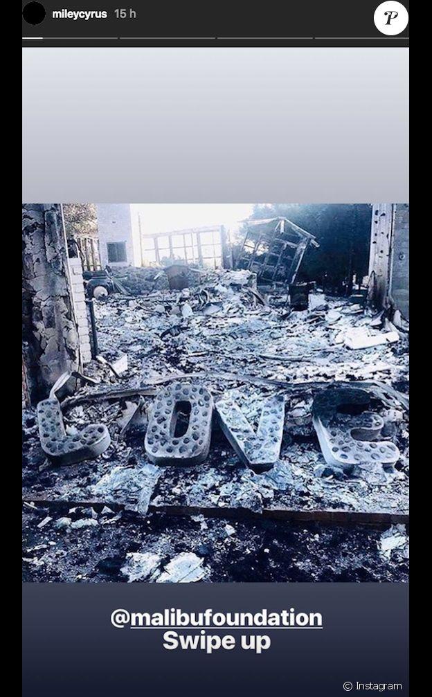 Miley Cyrus publie une photo de sa maison calcinée et lance un appel aux dons pour aider la population de Malibu en Californie suite aux incendies, le 13 novembre 2018