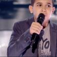 """Ismaël dans """"The Voice Kids 5"""" sur TF1 le 30 novembre 2018."""