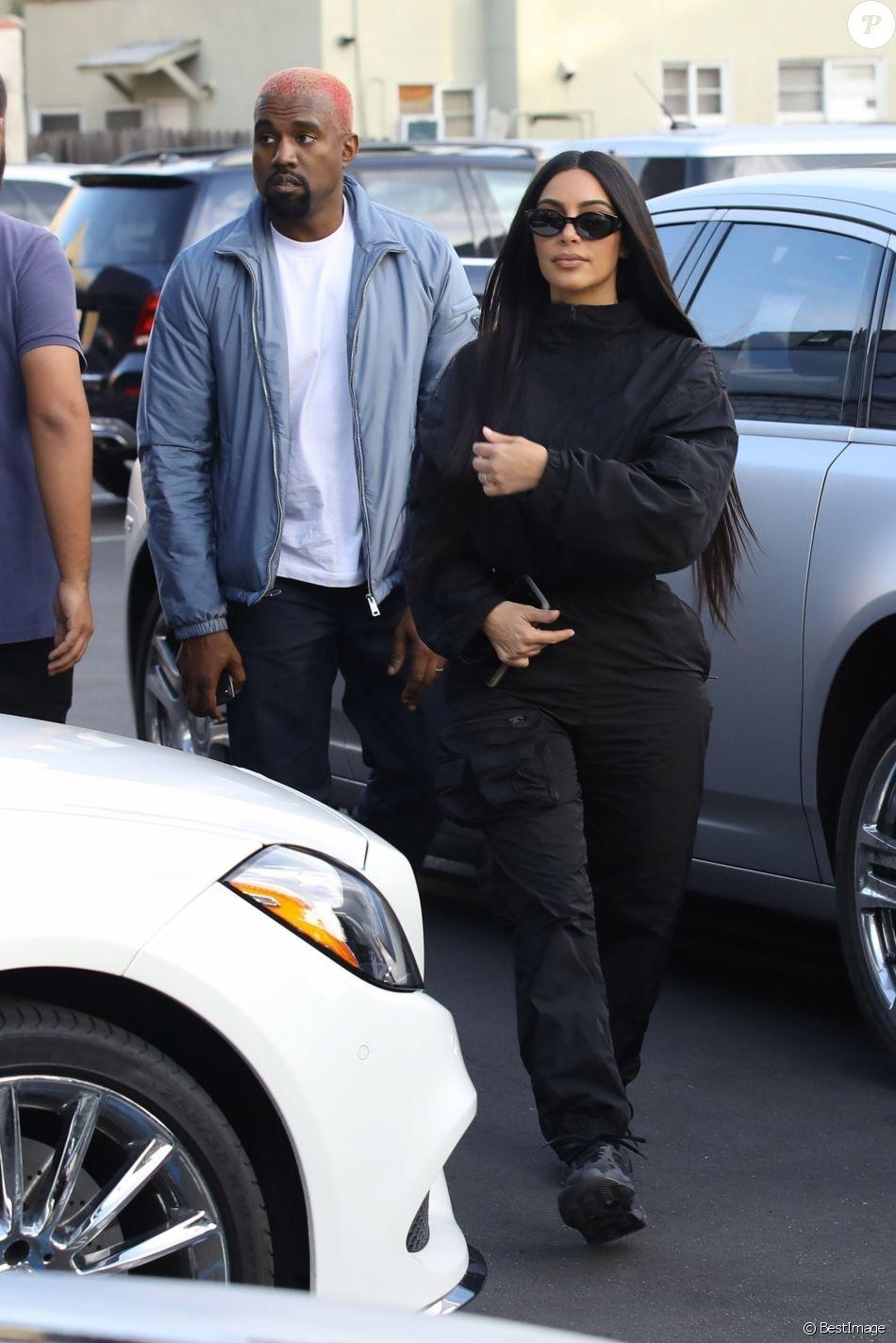 Exclusif - Kanye West et sa femme Kim Kardashian se rendent à la bijouterie XIV Karats à Beverly Hills le 17 novembre 2018.