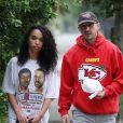 Exclusif - Shia Labeouf et sa compagne FKA Twigs ont passé la matinée ensemble à Los Angeles. Le 7 novembre 2018.