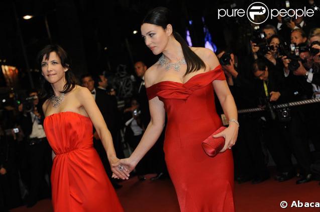 Monica Bellucci et Sophie Marceau très complices hier soir lors de la montée des marches à Cannes