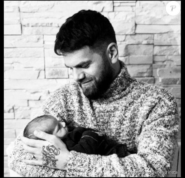 Keen'V pose avec son neveu sur Instagram, le 25 novembre 2018