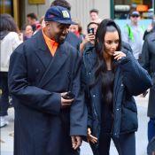 Kanye West : Au téléphone au théâtre, le mari de Kim K se fait incendier