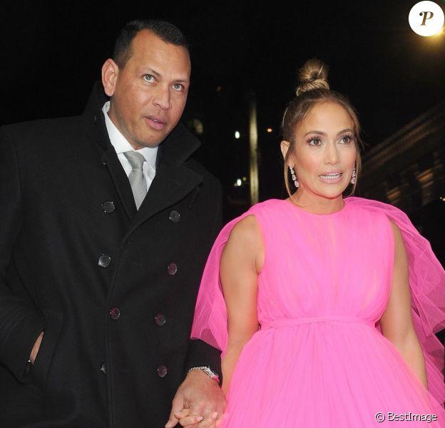 Jennifer Lopez et son compagnon Alex Rodriguez - Photocall de la première de Second Act à New York, le 12 décembre 2018