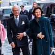Le roi Carl XVI Gustaf et la reine Silvia de Suède au théâtre Oscar à Stockholm le 18 décembre 2018 pour la célébration du 75e anniversaire de la reine Silvia.