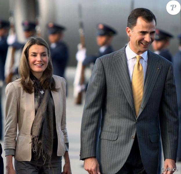 Letizia et Felipe d'Espagne à leur arrivée en Colombie hier