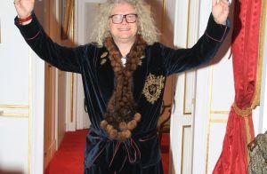 Pierre-Jean Chalençon (Affaire conclue) invite Jean-Michel Maire dans son palais