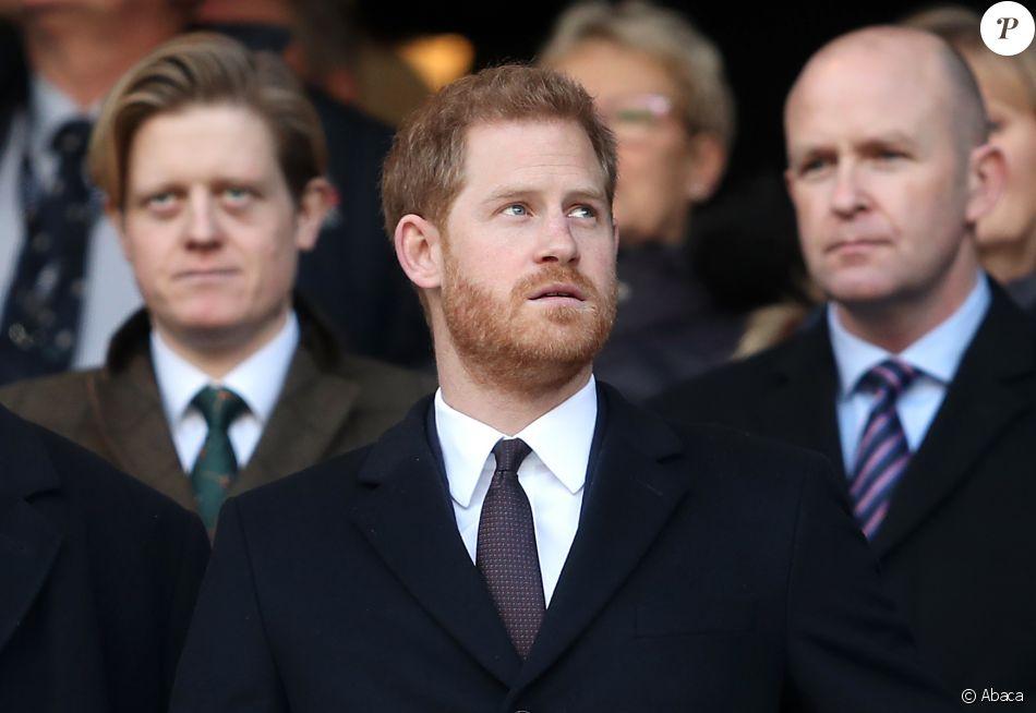Le prince Harry, duc de Sussex, arrive au stade de Twickenham pour assister au match de rugby Angleterre France à l'occasion du tournoi de six nations à Londres le 10 février, 2019.