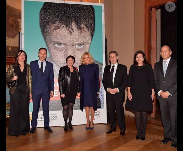 Nicolas Sarkozy, Brigitte Hidalgo et Anne Hidalgo à la vente aux enchères organisée par Gustave Roussy, premier centre de lutte contre le cancer en Europe, à l'Hôtel de ville de Paris, le 13 février 2019.