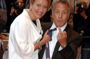 Dustin Hoffman, avec sa femme et sa fille, face à la géante Emma Thompson : Il est petit... et alors ?