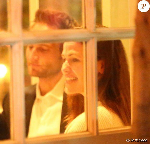Exclusif - Jennifer Garner et son compagnon John Miller sont allés diner en amoureux au restaurant Giorgio Baldi à Santa Monica, le 27 février 2019