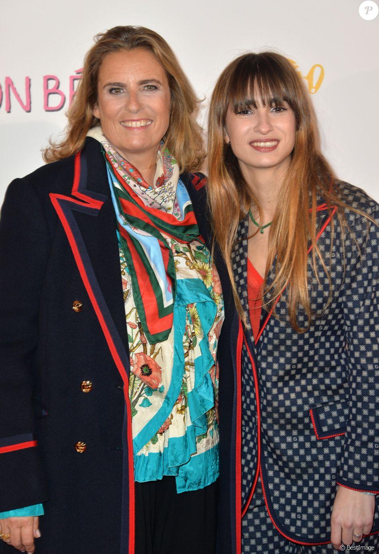 """Lisa Azuelos (réalisatrice) et sa fille Thaïs Alessandrin à l'avant-première du film """"Mon Bébé"""" au cinéma Gaumont Opéra (côté Capucines) à Paris, France, le 11 mars 2019. © Veeren/Bestimage"""