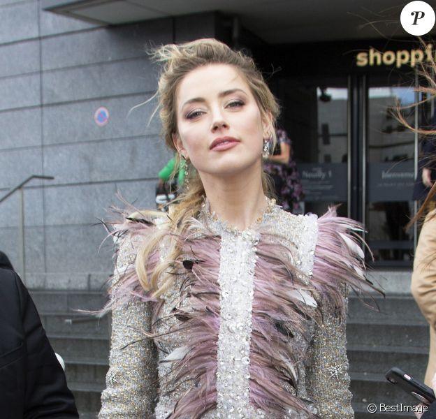 Amber Heard - Arrivée des people au défilé Giambattista Valli collection prêt-à-porter Automne-Hiver lors de la fashion week à Paris, le 4 mars 2019. © Veeren/CVS/Bestimage