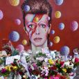 Hommage à David Bowie à Londres le 11 janvier 2016. David Bowie est décédé le 10 janvier 2016 à la suite d'une lutte de 18 mois contre un cancer. © CPA / Bestimage