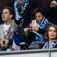 Alessandra Sublet et un ami, Maëva Coucke (Miss France 2018) - People assistent au match des éliminatoires de l'Euro 2020 entre la France et l'Islande au Stade de France à Saint-Denis le 25 mars 2019. La france a remporté le match sur le score de 4-0.