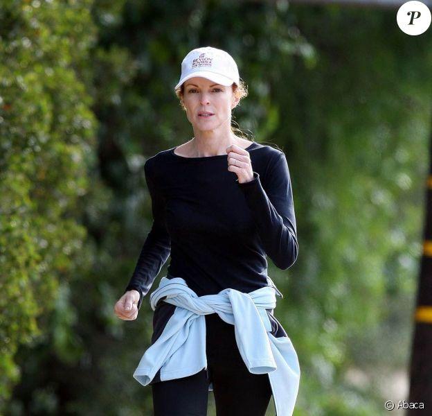 Marcia Cross fait de la course à pieds à Brentwood, hier