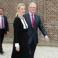 La princesse Mabel et Pieter van Vollenhoven visitent l'exposition consacrée au centenaire de la naissance de feue la reine Juliana