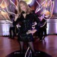"""Arielle Dombasle à la soirée de présentation du nouveau parfum """"Wanted Girl"""" d'Azzaro à l'hôtel Salomon de Rothschild à Paris, le 29 mars 2019. En 2016, la maison Azzaro entamait une nouvelle ère avec le parfum Azzaro Wanted. À l'image du couturier, Azzaro Wanted incarne l'élégance et la flamboyance comme style de vie. Être Wanted, c'est susciter le désir et l'envie autour de soi. ©Veeren/Bestimage"""