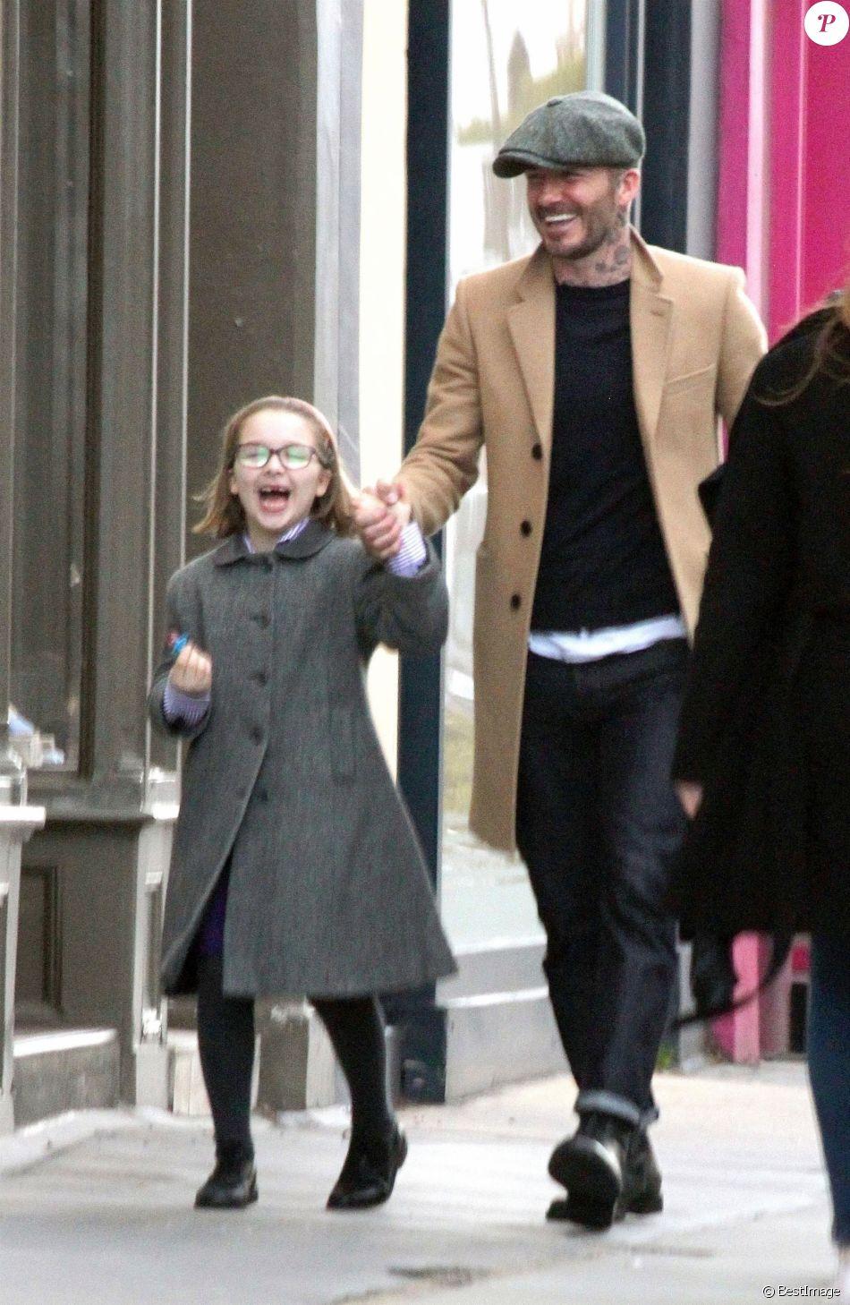 Exclusif - David Beckham accompagne sa fille Harper Seven pour une séance de shopping à Londres. Londres, le 18 mars 2019.