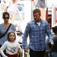 Exclusif - La famille Beckham: David, Victoria, Romeo, Cruz et Harper, se promènent dans le quartier de Bondi à Sydney, le 21 octobre 2018.