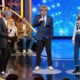 """Nagui et Marc Lavoine piègent une candidate dans """"N'oubliez pas les paroles"""", le 1er avril 2019."""
