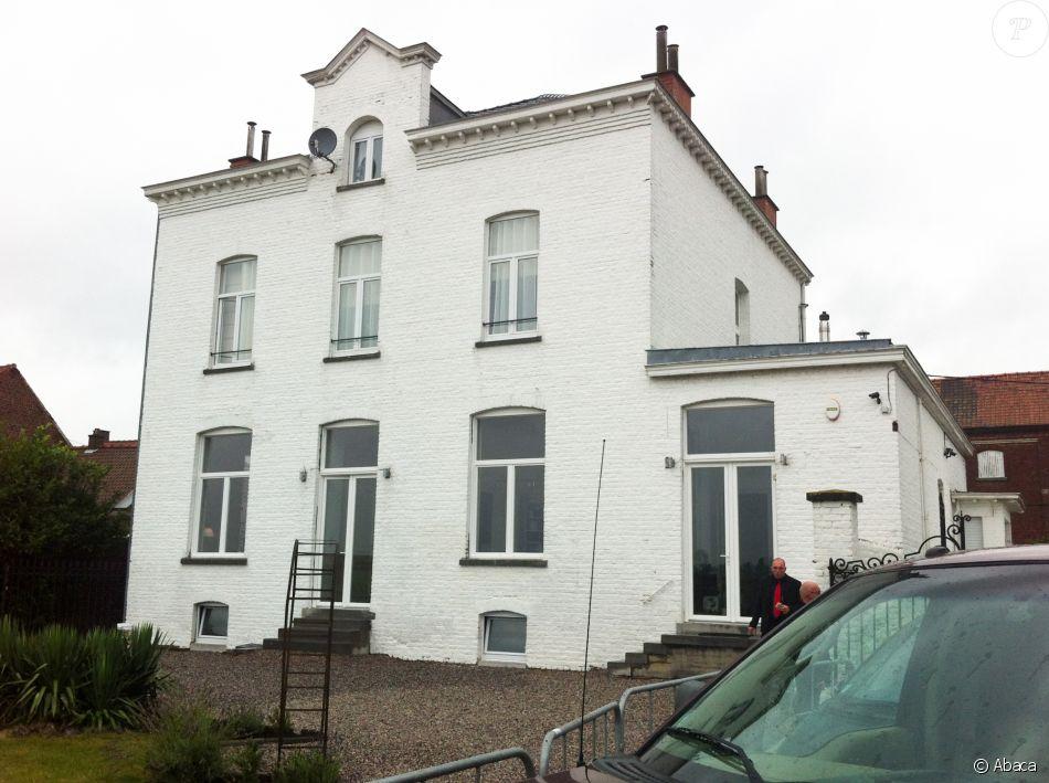Image de la maison de Gérard Depardieu, à Néchin, en Belgique.