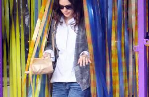 Depuis son retour de Paris, Rachel Bilson reste toujours... rêveuse !