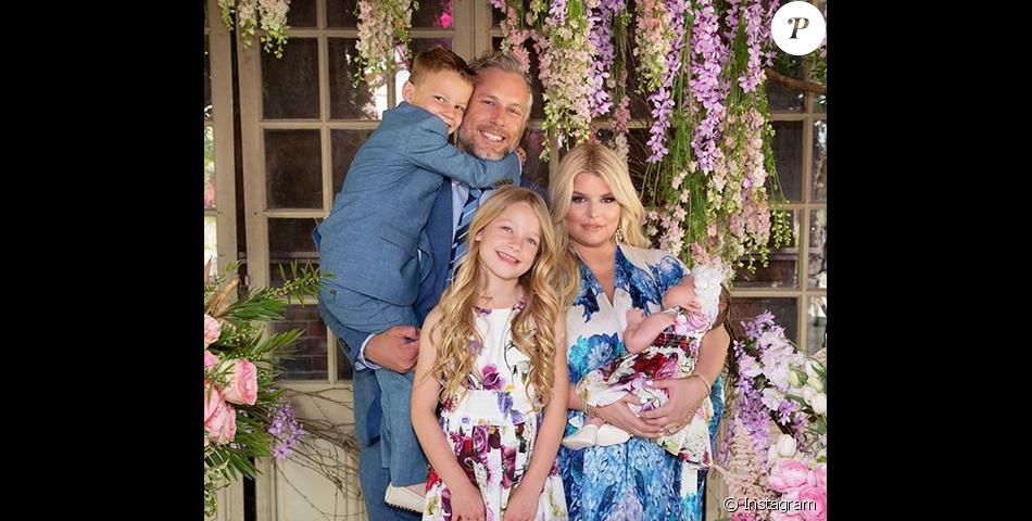 a391706a59d16 Jessica Simpson est la femme d Eric Johnson. Ensemble ils ont trois enfants