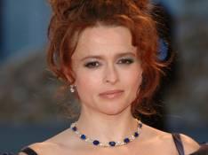 Helena Bonham Carter embarrassée par un baiser de Johnny Depp...