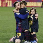 Lionel Messi à la fête avec ses garçons, le petit Ciro (1 an) trop mignon !