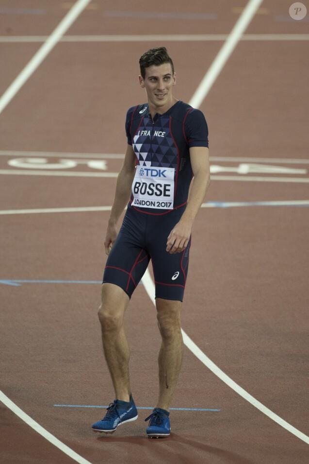 Le Français Pierre-Ambroise Bosse champion du monde du 800m lors des Championnats du monde d'athlétisme 2017 au stade olympique de Londres, Royaume Uni, le 8 août 2017.