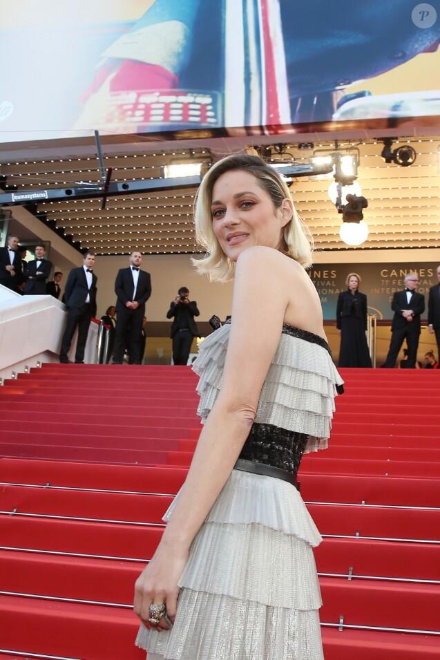 """Marion Cotillard - Montée des marches du film """"Le Grand Bain"""" lors du 71e Festival International du Film de Cannes. Le 13 mai 2018 © Borde-Jacovides-Moreau/Bestimage"""