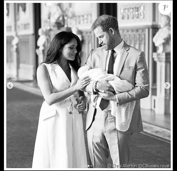Trois nouvelles photos de famille de Meghan Markle et Harry avec leur bébé, sur Instagram, le 8 mai 2019.