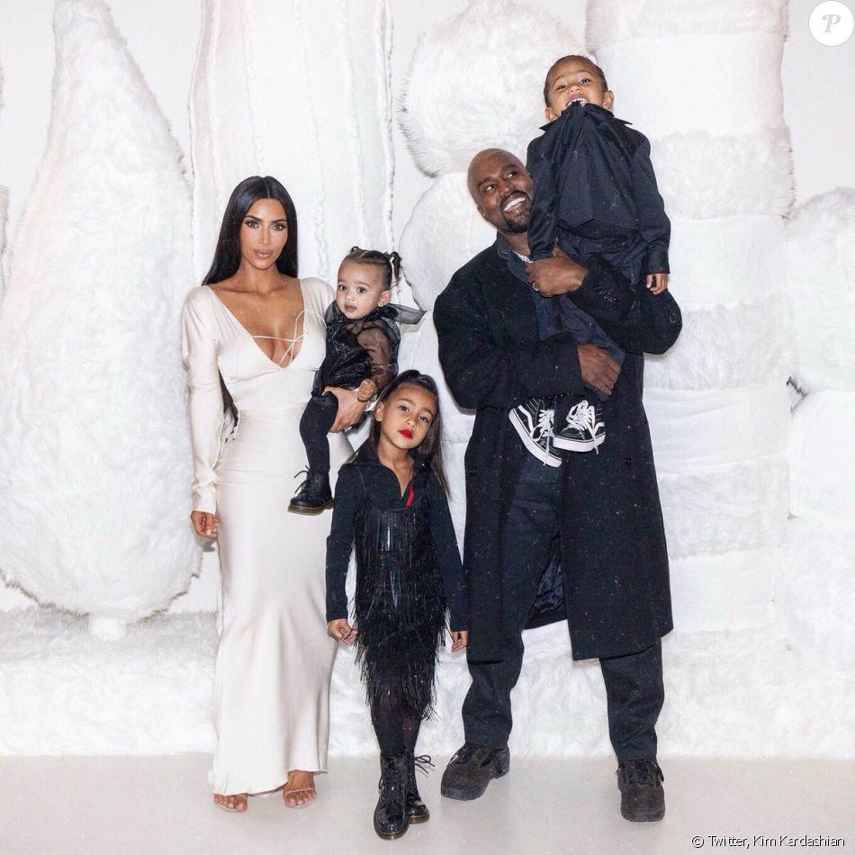 47072c49d1451 Kim Kardashian maman pour la 4e fois   à qui le bébé ressemble-t-il ...