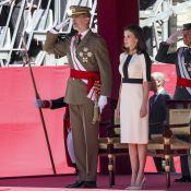 Letizia d'Espagne : Solennelle auprès de Felipe aux 150 ans de la garde civile
