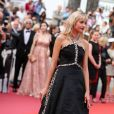 "Angèle dans une robe Chanel - Montée des marches du film ""The Dead Don't Die"" lors de la cérémonie d'ouverture du 72ème Festival International du Film de Cannes. Le 14 mai 2019 © Jacovides-Moreau / Bestimage Red carpet for the movie ""The Dead Don't Die"" during opening ceremony of the 72th Cannes International Film festival. On may 14th 201914/05/2019 - Cannes"