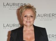 Muriel Robin : De retour sur scène avec ses sketchs cultes