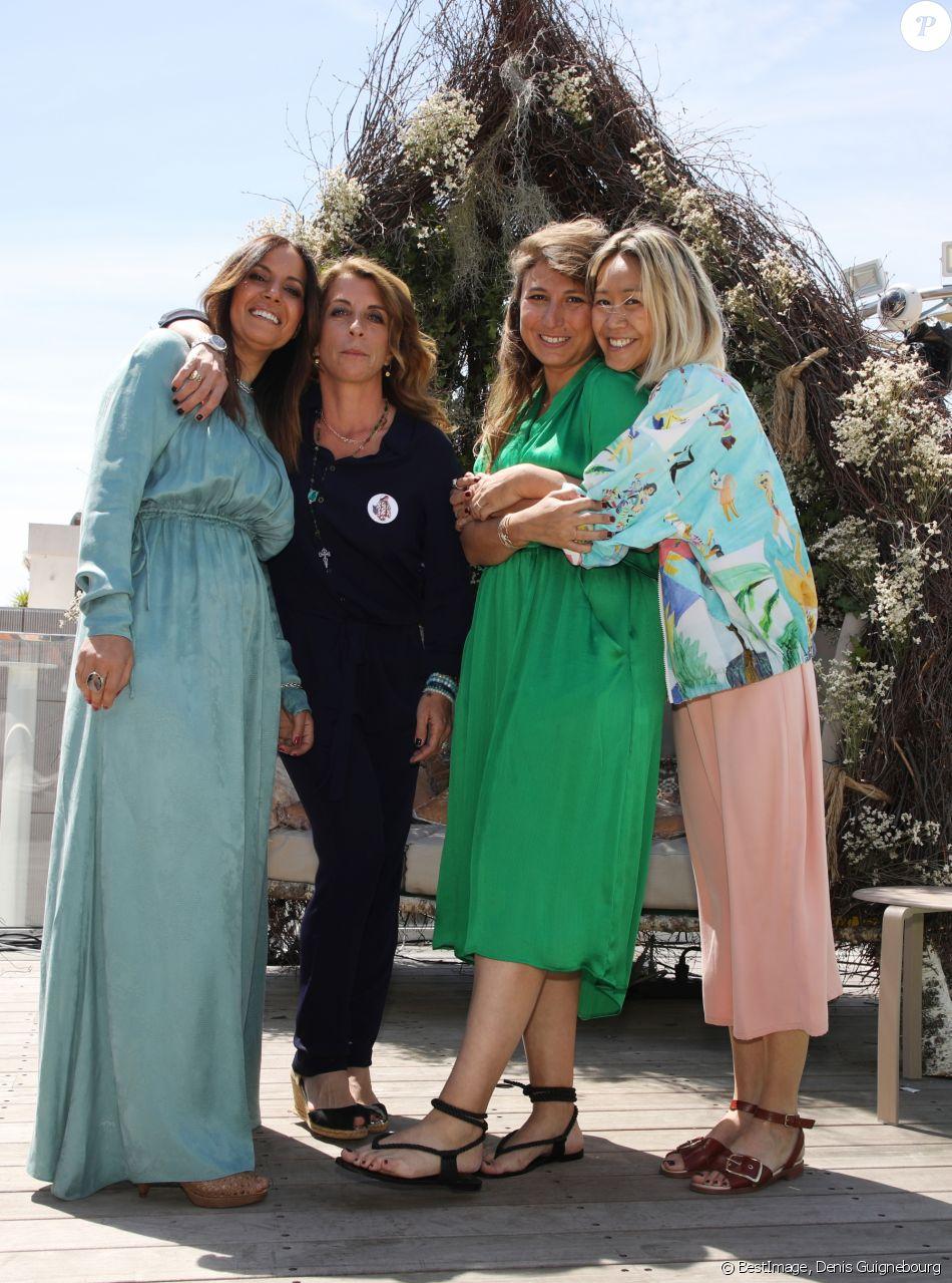 """Exclusif - Sandra Rudich, Aline Chau, Aurore Pierre et Mina Elkouais, les quatre femmes derrière le projet """"Journée By The Land"""", en marge du Festival de Cannes. Sur le roof topde l'hôtel 3.14 © Denis Guignebourg / Bestimage"""