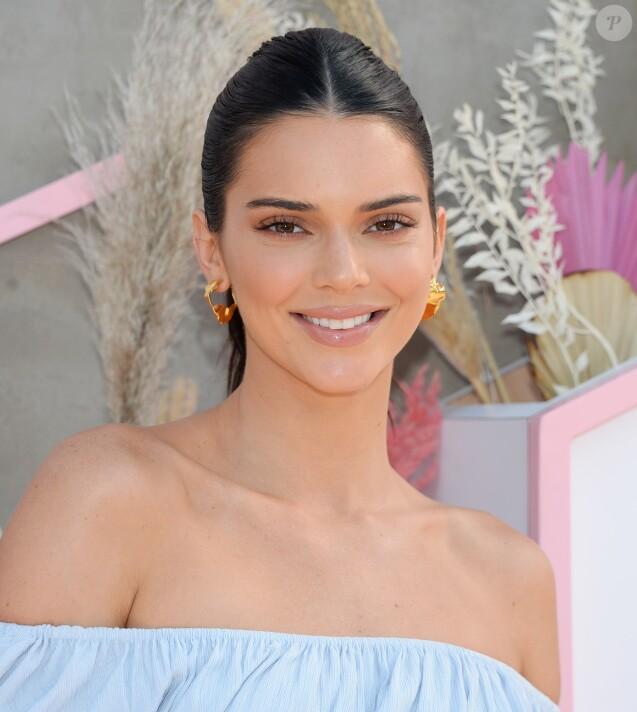 Kendall Jenner à la soirée Revolve au 2ème jour du Festival de Coachella 2019 à La Quinta, le 14 avril 2019.