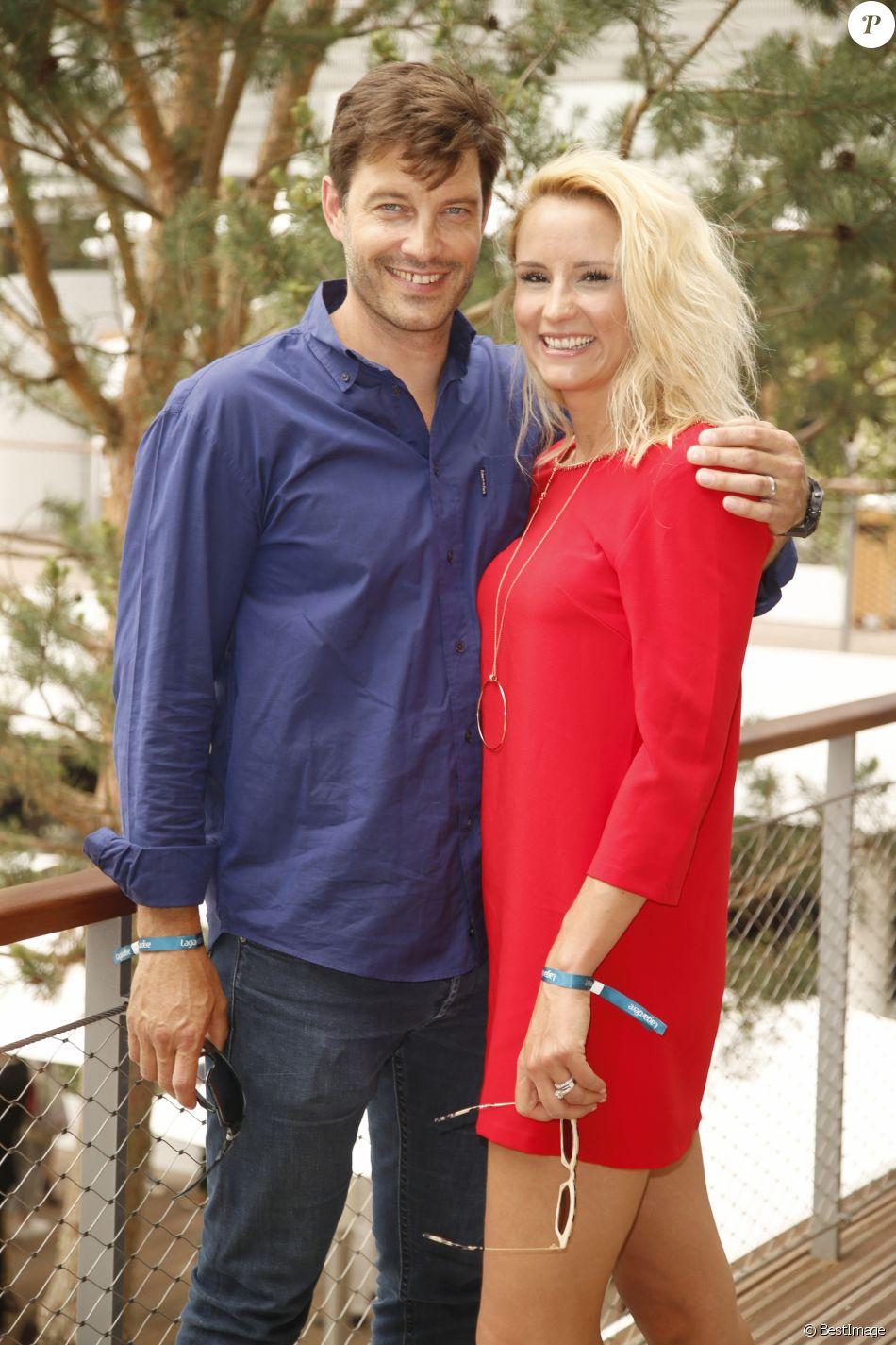 Elodie Gossuin-Lacherie et son mari Bertrand Lacherie au village lors des Internationaux de tennis de Roland Garros le 28 mai 2018.
