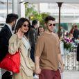 Priyanka Chopra et son mari Nick Jonas est devant l'hôtel Martinez lors du 72ème Festival International du Film de Cannes, le 19 mai 2019.